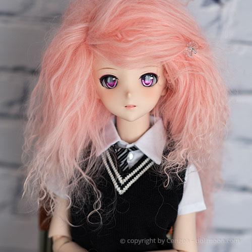 Mohair Wig on a Dollfie Dream